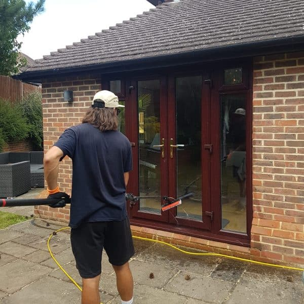 window cleaners yateley